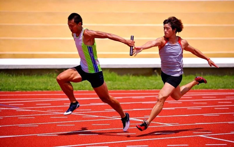 Lari Estafet [Lengkap]