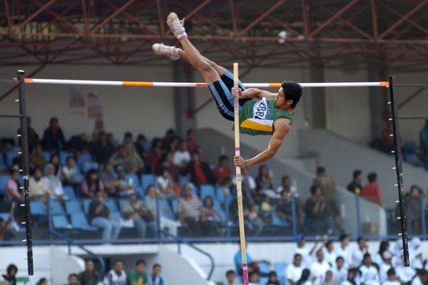 Gambar Lompat Galah